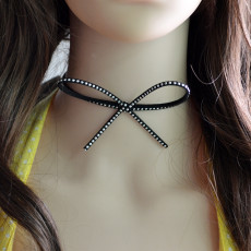 N-6683 Cute Bow-tie Design Rivet Nail Velvet Neck Strap Choker Necklace Collar Clavicle Chain