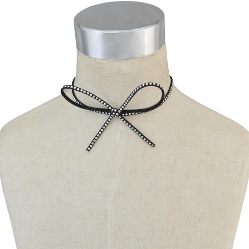 N-6683 Cute Bow-tie Design Rivet Nail Velvet Neck Strap Choker Necklace Collar Clavicle Chain