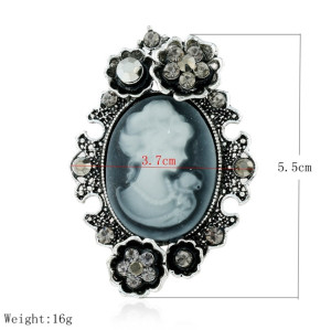 P-0350 Retro Vintage Brooch Pin Victoria Palace Antique Relief Queen Head Portrait Chest Buckle