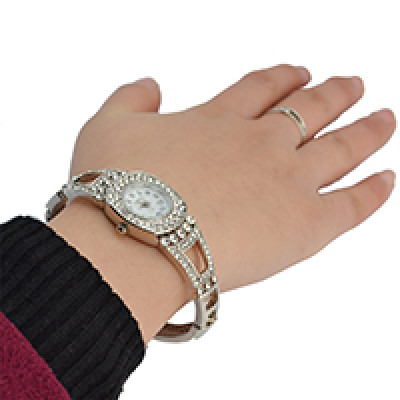 B-0835 New Arrival European Watches Bangle Crystal Rhinestone Women Bracelet Dress Quartz Watch Casual Wristwatch