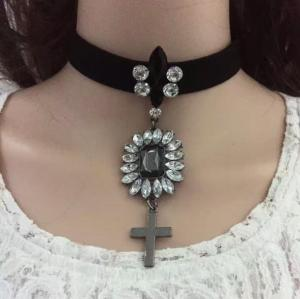 N-6740 Fashion Jewelry Big Rhinestone Adjustable Choker Necklace Velvet Necklace for Women