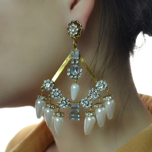 E-4183 Fashion Luxury Crystal Rhinestone Pearl Tassel Charm Drop Stud Earring for Women Jewelry