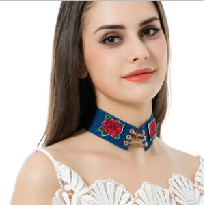 N-6892 Vintage Cowboy Choker Necklaces Fashion Jewelry Personality Women Flower Collares Short Necklace