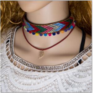 N-6905 Handmade Bohemia Choker Necklace Woven Plush Ball Pendant Ethnic Collar Choker Necklace For Women