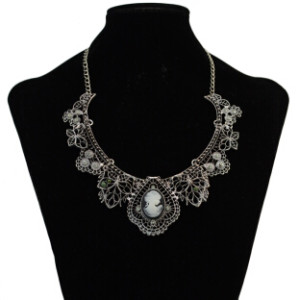 3 Colors Fashion Alloy Chain Statement Necklace Diamante Pendant Jewelry For Women