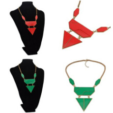 N-4286 Vintage Triangle Pendant Necklace for Women jewelry