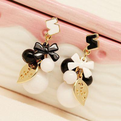 E-3541 New Fashion Korea style N letter Asymmetrical White Fruit Opal Bead Dangle Earrings For Women Jewelry