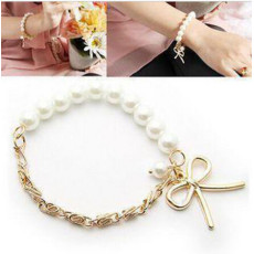 B-0173  Charm Gold Metal Alloy Chain Bowknot White Pearl Beautiful Bracelet