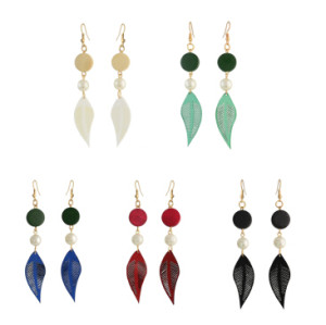 E-4319 5 Colors Fashion Feather Shape Wood Beads Pearl Drop Dangle Earrings for Women Bohemian Party Jewelry
