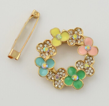 P-0382 Flower Gold Metal Beads Rhinestone Brooches Scarf Pins for Women Clothes Accessories