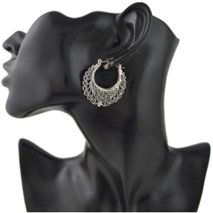 E-4414 Bohemian style retro silver plated carving flower incomplete metal shape dangle earrings