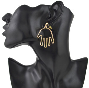 E-4479 4 Style Gold Metal Face Hands Man Stud Earrings for Women Ladies Party Fashion Accessories