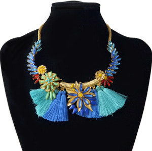 N-6994 Fashion Bohemian Thread Tassel Flower Choker Bib Necklace For Women
