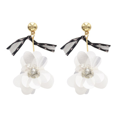 E-4652 Trendy Gold Plated Lace Crystal Sequins Flower Dangle Earrings