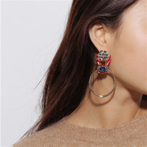 E-4651 Trendy Big Cirque Design Cicadas Shape Rhinestone Earring For Women