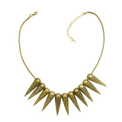 N-1884 New Punk Fashion Vintage Gold Tone Metal Spike Rivets Chunky Bib Necklace