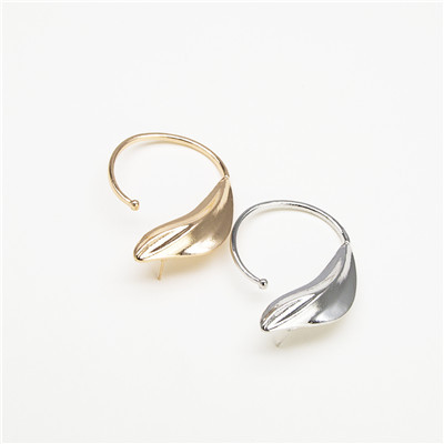 E-4685 Trendy Personality Simple Generous Single Earring For Women Jewelry Design