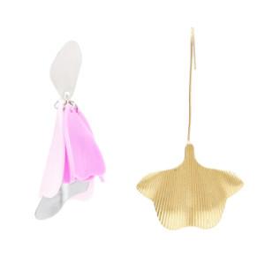 E-4705 5 Colors Exaggerated New Fashion Acrylic Drop Earrings Irregular  Shaped Stud Acrylic Flower Pendant Dangle Earrings  for Women Boho Wedding Party Jewelry Gift