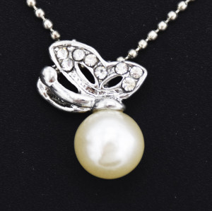 N-2583  New Fashion Silver Plated Alloy Pearl pendant necklace
