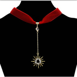 N-7090 Fashion Gold Alloy Black Red Velvet Choker Necklace with Long Sun Pendant Party Jewelry Gift