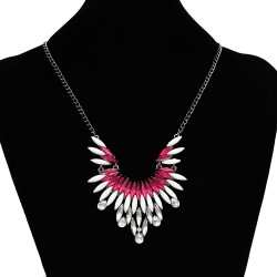 N-3117 4 Colors New Europe Style Gold Gun Black Alloy Resin Gem Crystal Flower Pendant Necklace