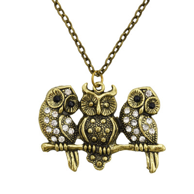 N-7106 Retro Three Owls Pendant Rhinestone Long Necklace Sweater Chain