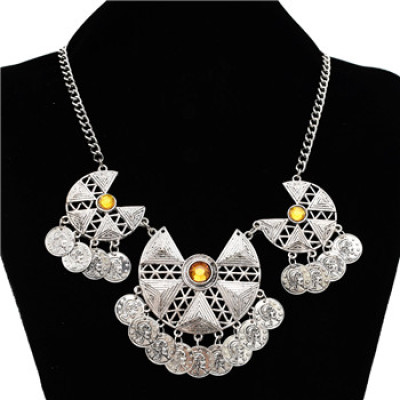 N-5068 Vintage Tribe Golden Silver Geometry Design Carving Coin Choker Necklace
