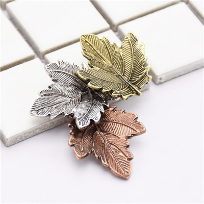 P-0409 Fashion Silver Plated Alloy Leave Shape Brooch Pin  Suit Jacket Accessories For Women & Girls Accessory