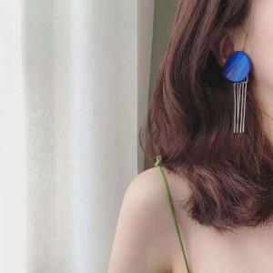 E-4905 Korean Elegant Drop Tassel Earrings Mystery Blue Clouds Big Acylic Button Stud Earring for Women