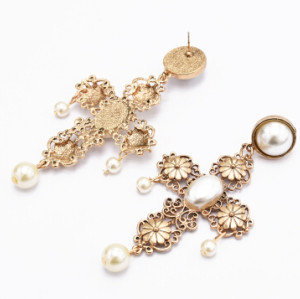E-5002 Elegant Gold Alloy Cross Shape Pearl Drop Earrings for Women Bridal Wedding Party Jewelry