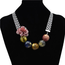N-7149 New Fashion Elegant Lady Fashion Resin Beads Flower Choker Necklace