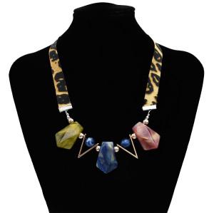 N-7156 Retro Resin Pendant Necklace Geometric Leopard Chain Sexy Women Necklaces