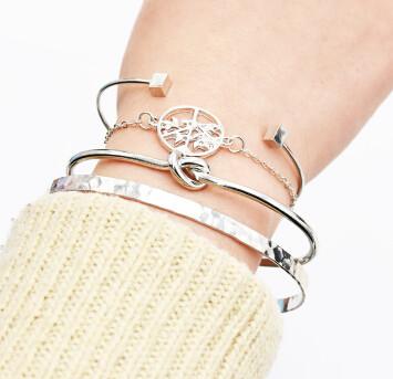 B-0942 4Pcs/Set Silver Simple Pineapple Tree Tassel Bangle Bracelet For Women