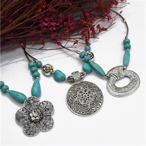 N-7193  Vintage Silver Turquoise Embellish  Fower Leaves  Necklace Bohemian  For Women Jewelry