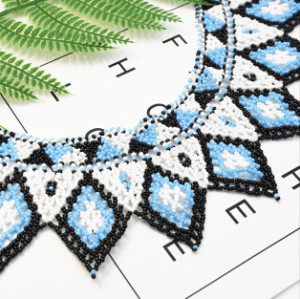 N-7237 African Multicolor Beaded Statement Necklace For Women Hand-Woven Beads Maasai Necklace Ethnic Style Jewelry
