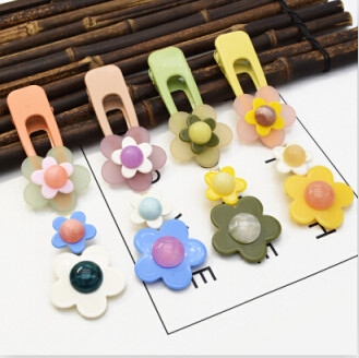 F-0658  4 Color Cute Girl Acrylic Flower Shaped Colorful Hairgrips Hairpins For Women Party Hair Clip Jewelry