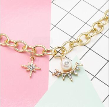 B-0981 Fashion Korean Gold Chain Geometric Pearl Pendant  Bracelet With Rhinestone For Women Party  jewelry