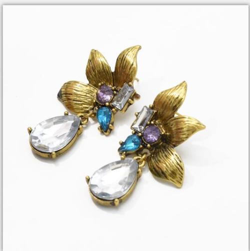 E-5404 Vintage Gold Metal  Flower Crystal  Pendant  Drop Earrings for Women Party Jewelry