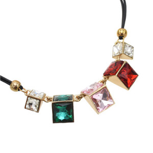 N-3872 Multicolor Stylish Geometric Crystal Pendant Necklace Adjustable Women's Jewelry