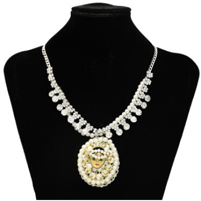 N-3539 Fashion Pearl Crystal Figure Girl Beaded Statement Necklaces for Women Party Jewelry