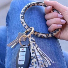 B-0990 Wristlet Keychain Bracelet Bangle Keyring Circle Key Ring Leather Tassel Bracelet Holder