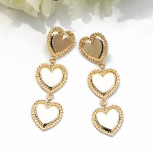 E-5489 Red Heart Shaped Dangle Earrings Cute Holiday Party Earrings Fashion Women Jewelry