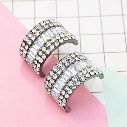 E-5611 European And American Style Fashion Rhinestone Earrings Alloy Semicircle Design Jewelry Earrings