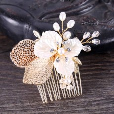F-0572 * 2020 New Trendy Gold Color Leaf Hair Comb Bridal Headwear Insert Comb Accessories