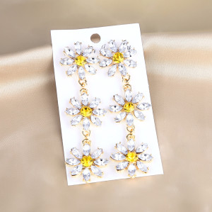 E-5706 Fashion Diamond Long Flower Earrings