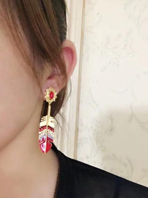 E-5726 Styles Crystal Leaf Tassel Dangle Earrings