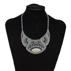 N-7372 Indian Hollow Broken Glass Stone Acrylic Beads Rhinestone Pendant Dance Necklace
