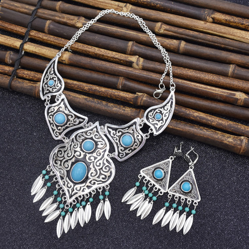 N-7405 Bohemian Vintage Hollow Out green beaded Tassel Necklace Earring Set Ethnic Ornament Jewelry Set