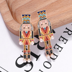 E-5953 Creative Cartoon Nutcracker Enamel Earrings for Women Girls Pearl Dangle Earrings Christmas Jewelry Gift