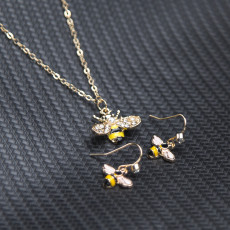 N-7461 Korean Fashion Cartoon cute Animal insect bee earrings necklace Sets for women Girl weddings party Jewelry sets